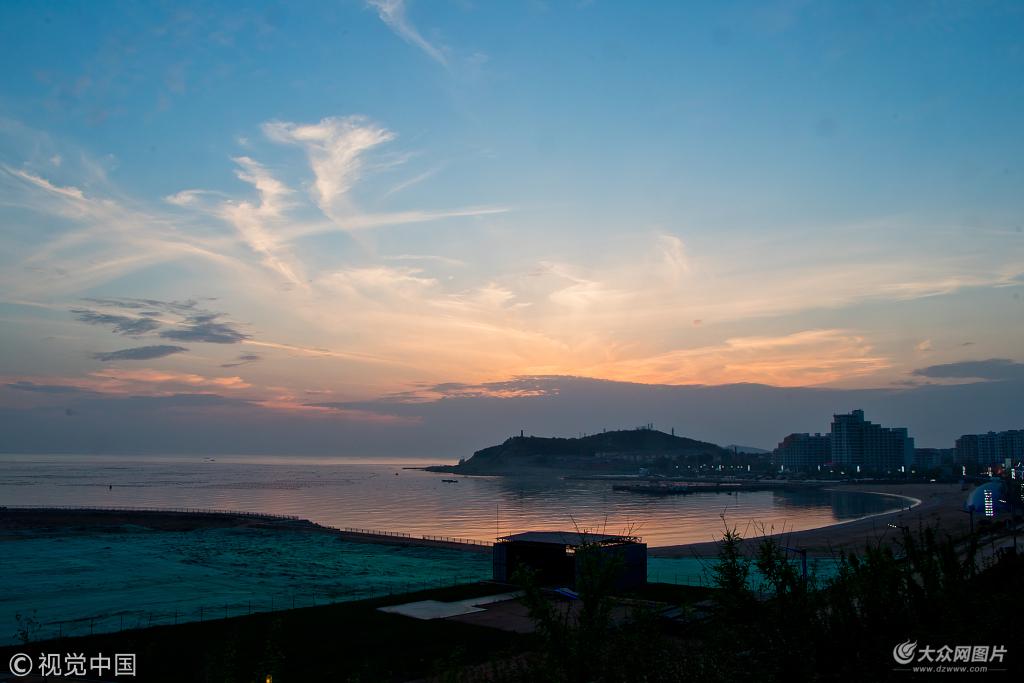 """山东烟台长岛是一个由151个岛屿组成的海岛,被誉为""""中国十大最美海岛"""