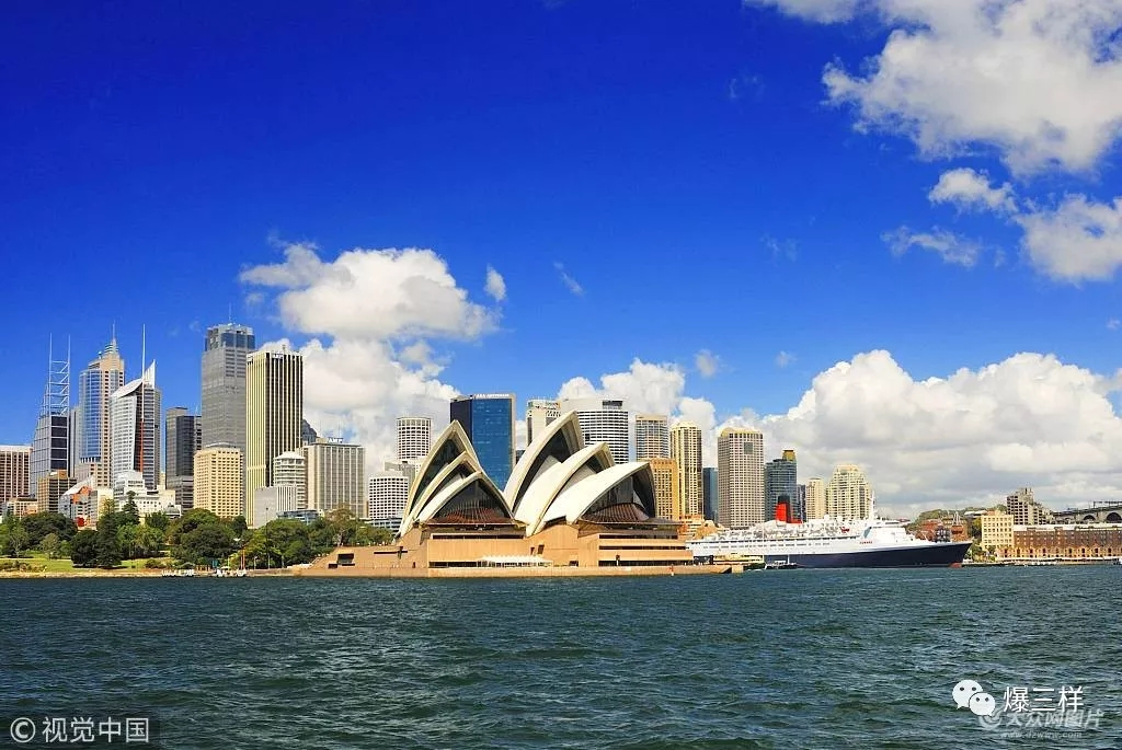 西澳很多旅游景点路途遥远,路况复杂,如在对澳大利亚交规及驾驶习惯不