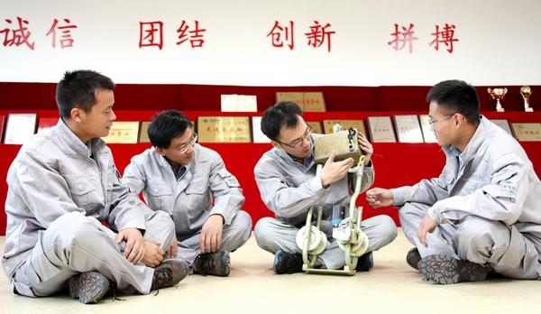 """""""大国工匠""""王进事迹系列报道之四:牢记使命守初心"""