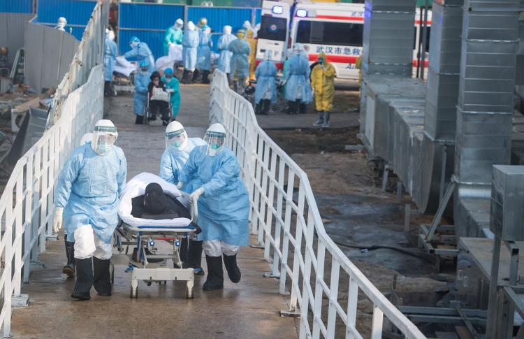 武汉火神山医院的设备仍在原地列队