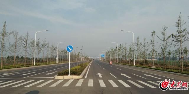 临沂中环东线试通行 双向六车道通行更顺畅