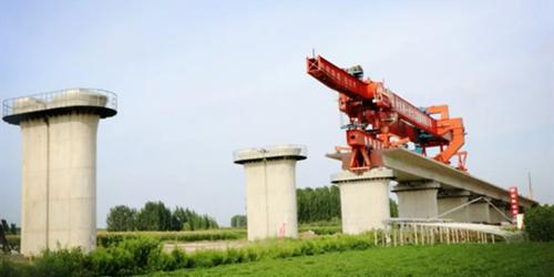 鲁南高铁RLTJ-3标全线最长特大桥箱梁开始架设 10月中旬全部完成