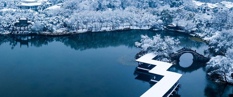 雪后西湖美景宛如仙境
