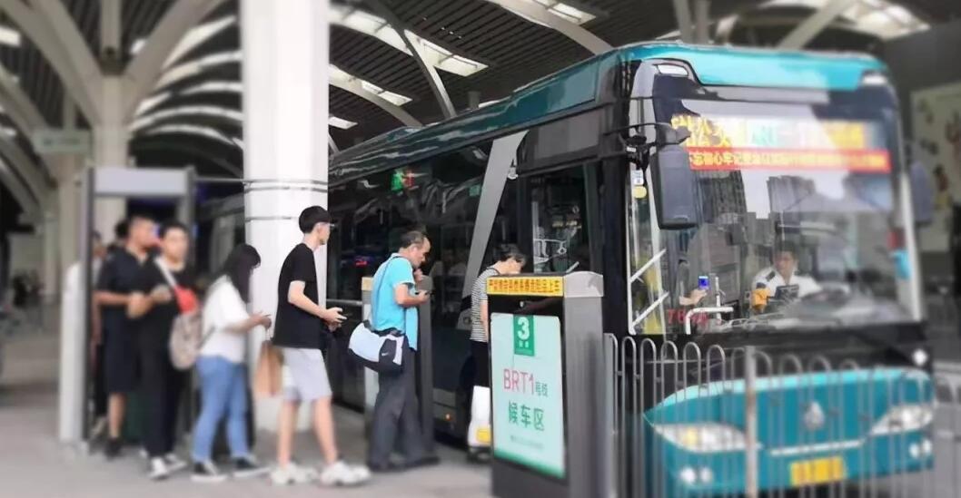 济南公交中秋共运送乘客537.24万人次