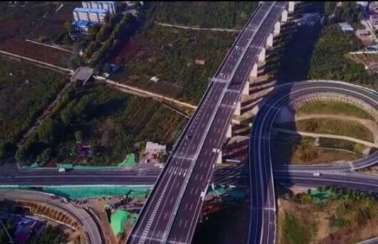 最美高速济泰高速计划10月底通车