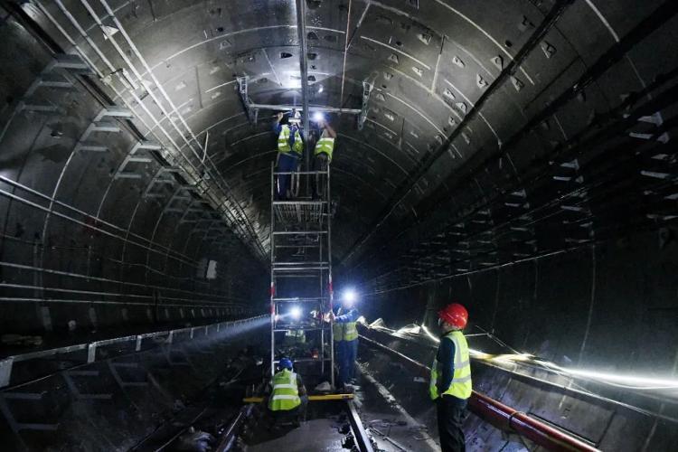 济南地铁2号线:供电、通信信号全线贯通