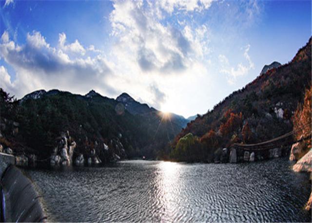 冬日的雨后,泰山观瀑听涛