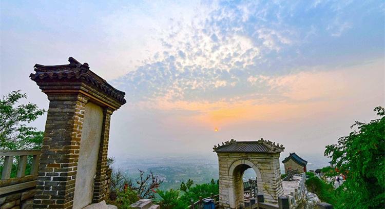 青州:日出风光宛如画卷