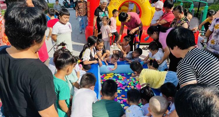 济南社区文化节人气嗨到爆