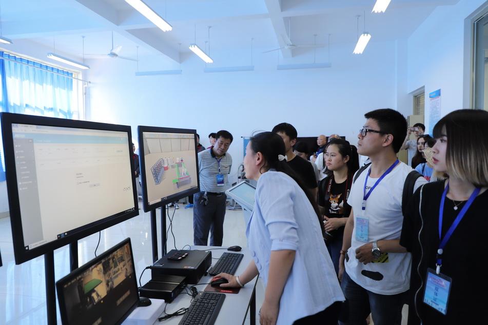 """山东工业职业学院:打造一流智能制造专业群 助力""""智造""""工匠培养"""