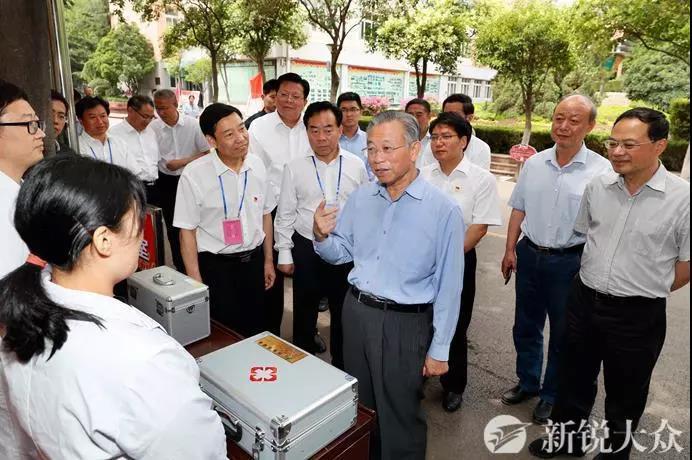 刘家义巡视高考准备工作 严格纪律严格秩序 确保安全公平公正
