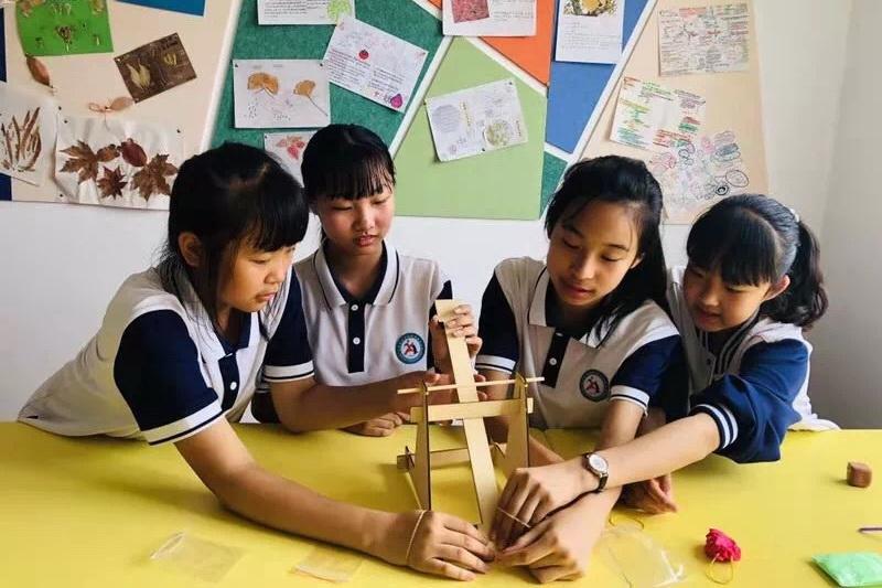 """青岛亮出""""五一三""""学年成果 市北区实验初级中学发布教学主张"""