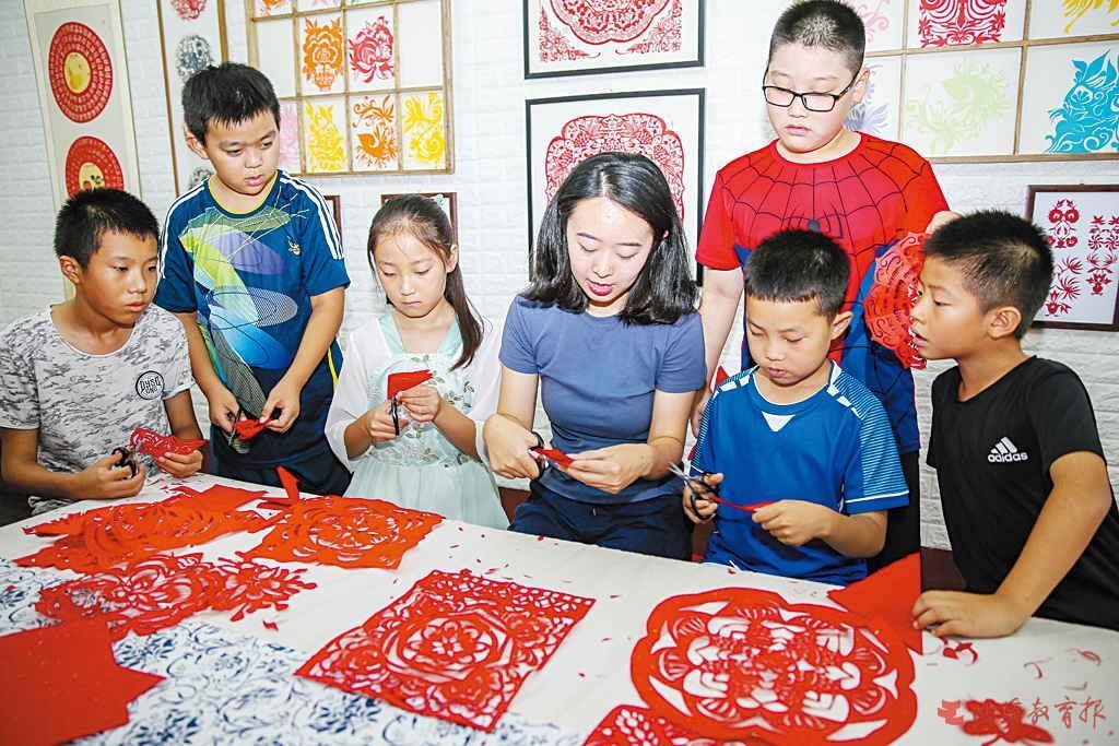 远离手机 山东中小学生多彩文化润暑假