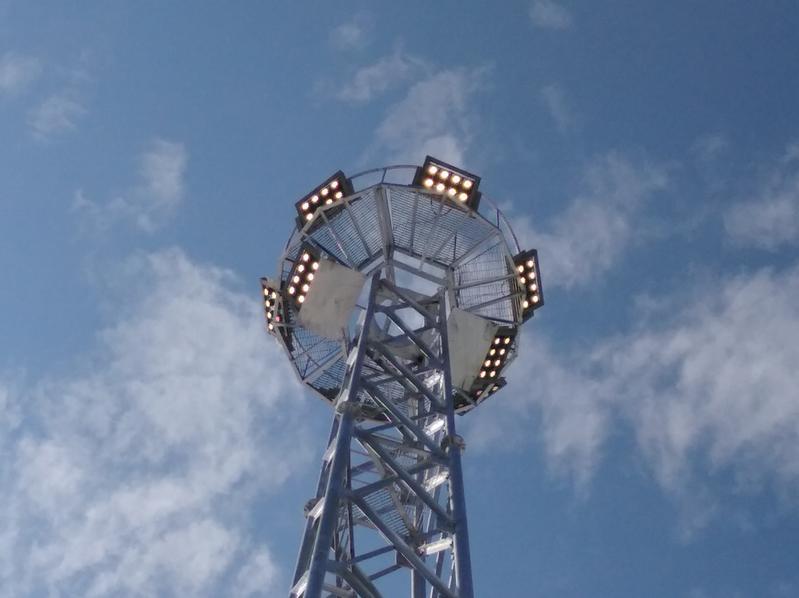 一套灯年省电费近20万 省科学院能源所首创成果助港口照明升级换