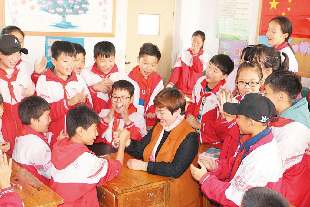 当班级管理遇见优秀传统文化——记兰陵县第三小学班主任周丽的治班之道