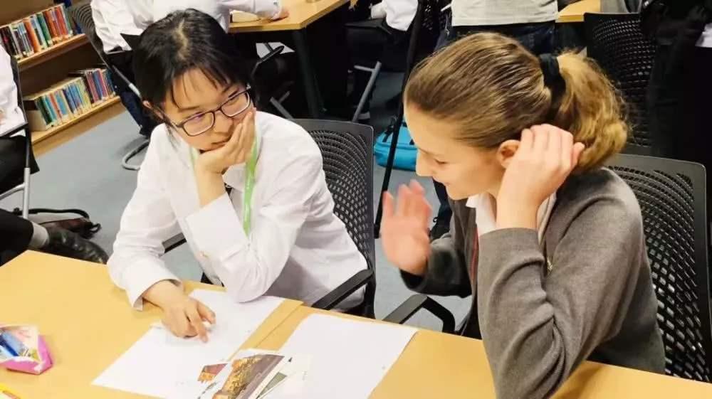 中小学生流行寒假出国学英语 赴美游学14天约花40万