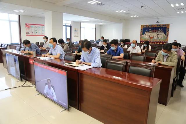 济南市教育脱贫攻坚工作推进电视电话会议召开