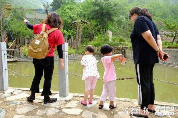 端午假期间亲子出游成热点 城郊景点受欢迎