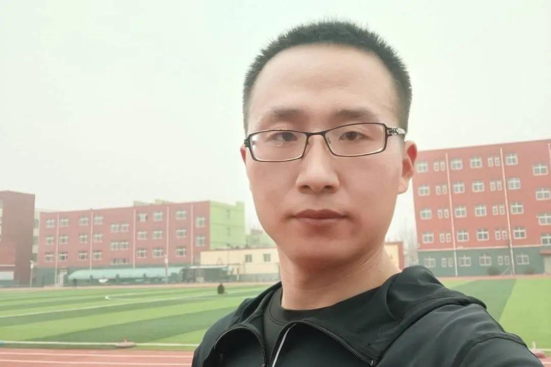 宁津县第三实验中学王成龙老师勇救落水儿童