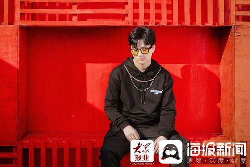 赵正浩个人院革新专业单曲《咻咻》温暖甜蜜的网上相遇冬天丰富多彩的心脏(/4)