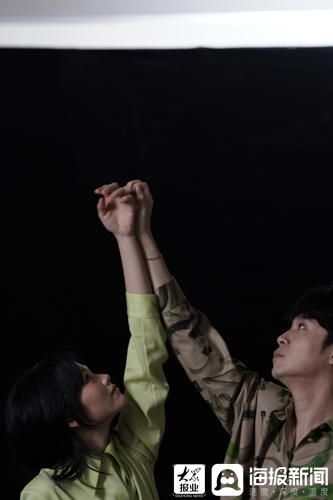 柯泯薰携手吴青峰共同演唱新歌《另个时空的你》感恩其曾带自己走过低潮