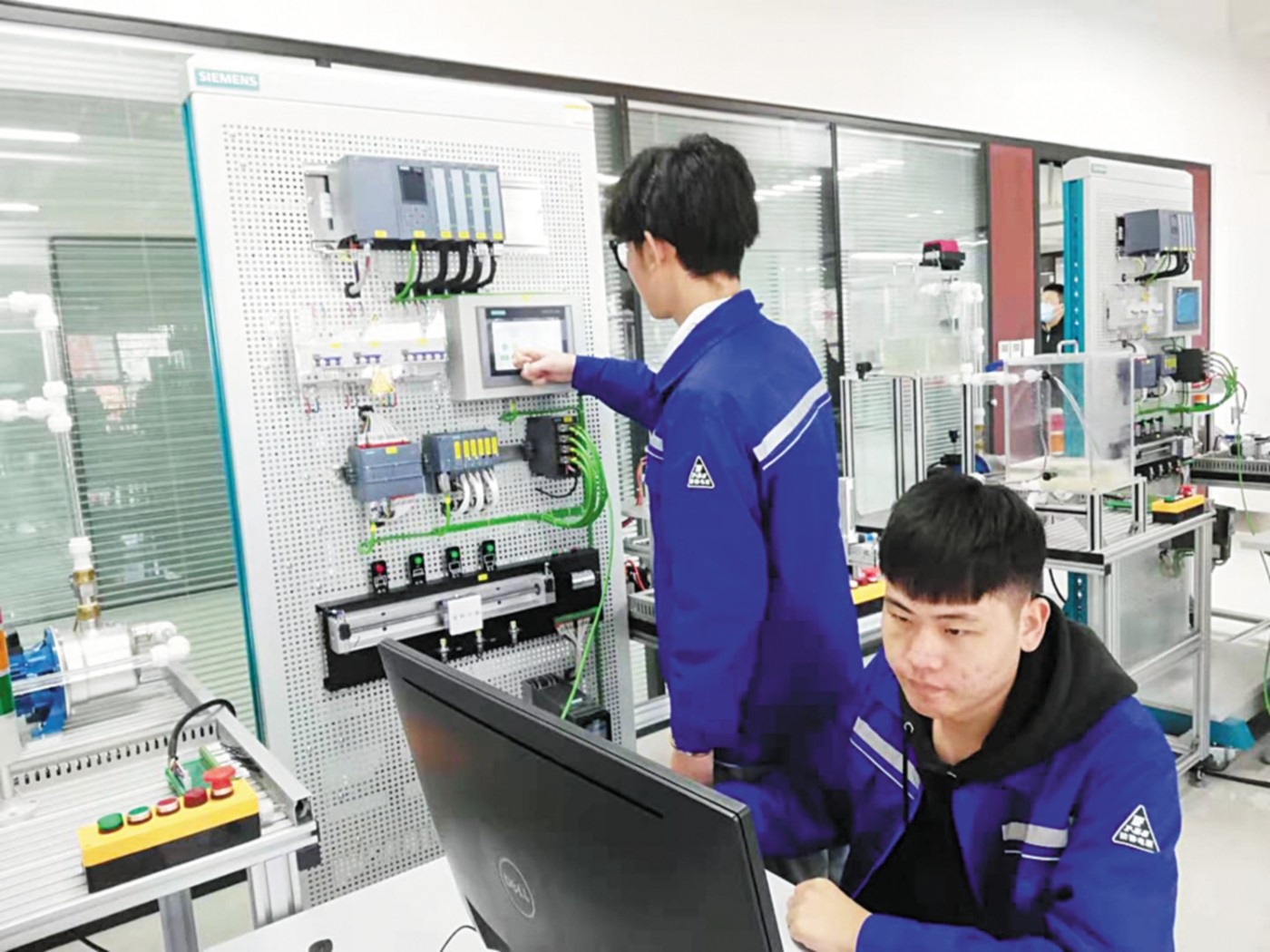 """山东科技职业学院:跑在""""智能制造""""的前列"""