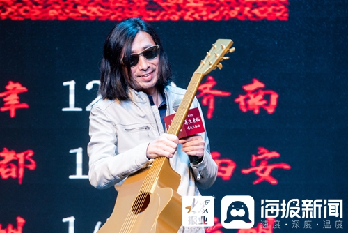 """20年来首次演出没有管弦乐队 """"四千笑""""新巡演要""""唱歌""""和""""说话""""(/5)"""