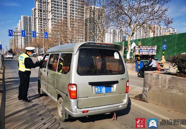 临沂交警支队直属一大队春节期间持续开展酒驾专项整治行动