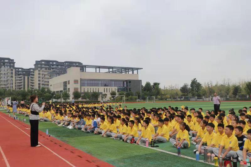 枣庄市台儿庄古城学校以军训促双减和五项管理落地生根