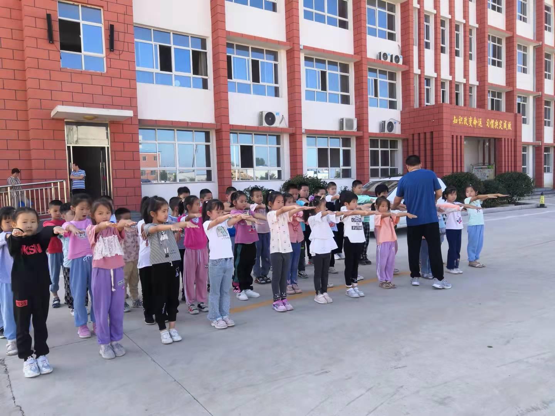 助力萌娃健康成长 东平县接山镇中心小学喜迎新生入学
