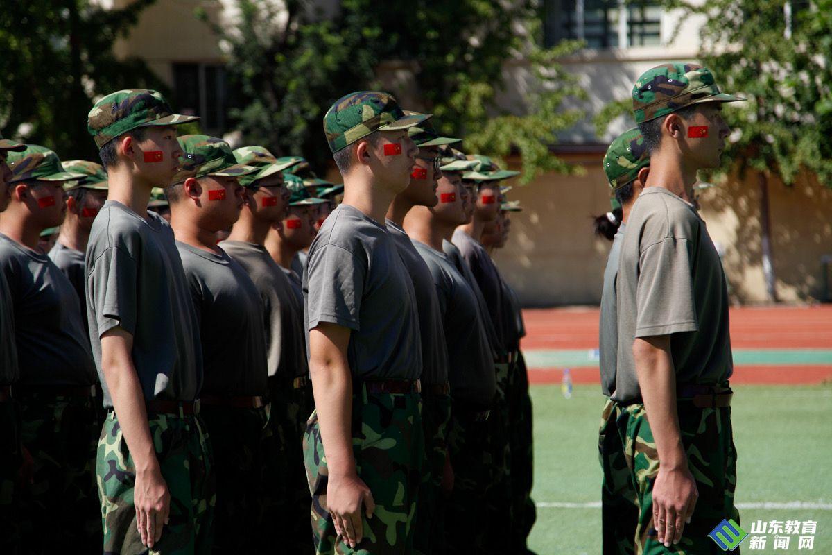 小萌新霸气亮相!省实验中学中心校区举行新生军训结训仪式