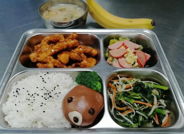 济南市历下区学校开展配餐、课后延时暖心服务
