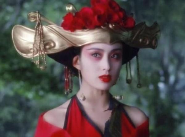 女星奇葩帽子造型