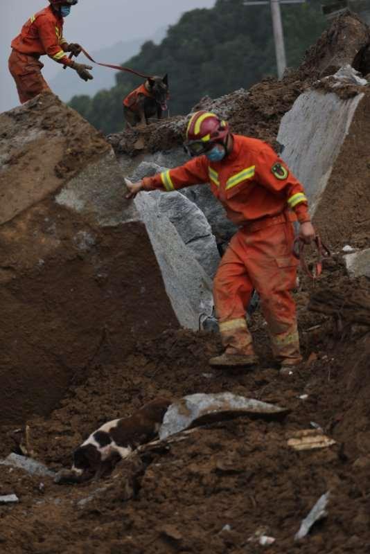 湖北黄梅山体滑坡致9人被埋 搜救已结束 仅1人生还