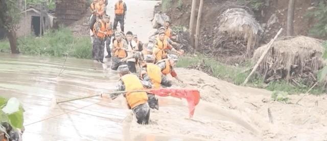 被洪水卷走的抗洪战士冒小驰,出院才一天就去了这里|被洪水卷走的抗洪战士冒小驰,出院才一天就去了这里