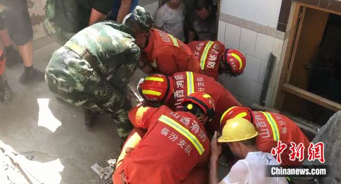 救援|山西襄汾聚仙饭店坍塌已致5人死亡 救援力量增至710人