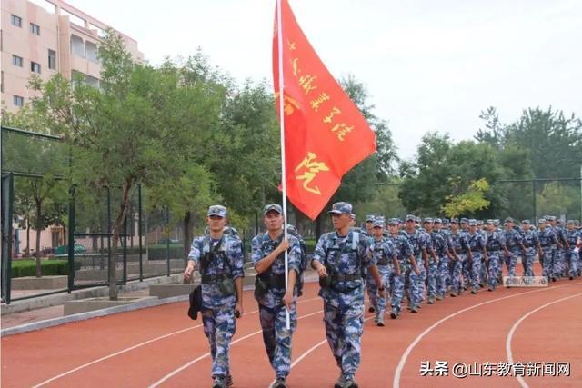 滨州职业学院:我们的军训教官是学长