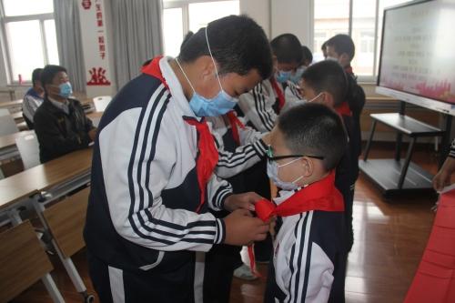 淄博市特教中心举行少先队员入队仪式