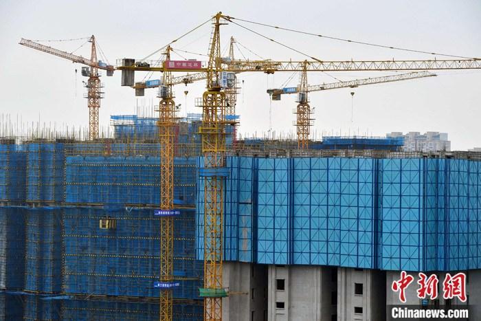 """中国房价步入""""万元时代"""",超30城市或出台收紧政策"""