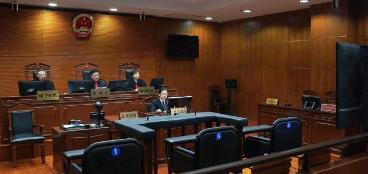 江歌母亲诉谭斌侮辱、诽谤案二审宣判:维持原判