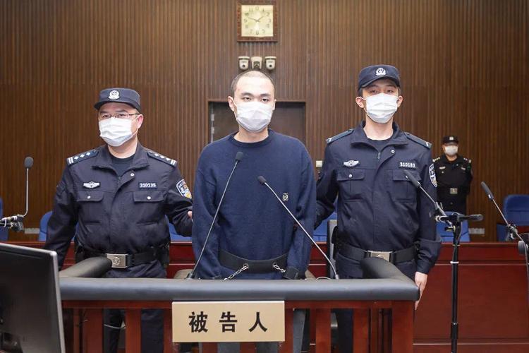 """""""上海杀妻焚尸案""""一审公开开庭审理,将择期宣判"""