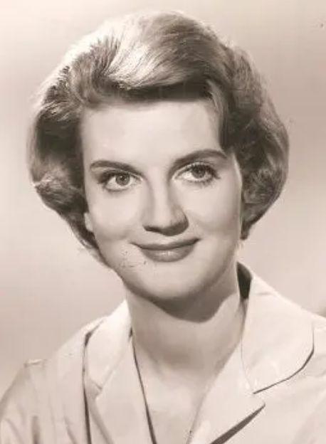 著名女演员罗莎琳德·奈特去世 享年87岁