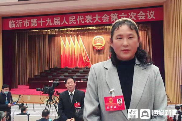 韩淑梅代表:给农村留守老人更多关爱