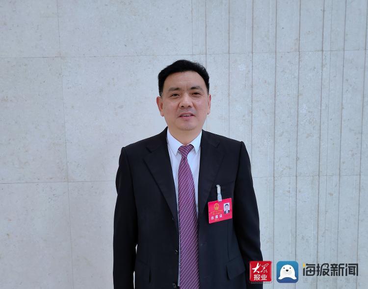 狄艳林代表:以5G赋能千行百业 为临沂经济发展插上腾飞之翼