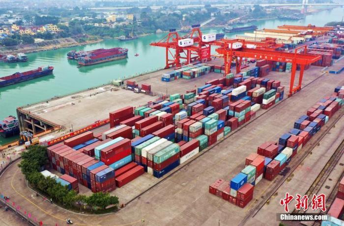 一季度我国货物贸易进出口总值8.47万亿元 同比增29.2%