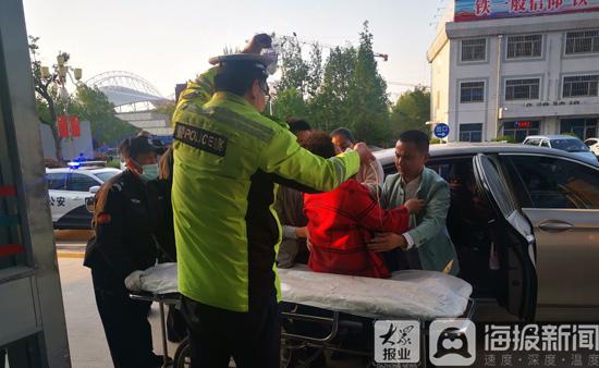 濰坊一女子斷臂受傷 山東高速交警接力送醫